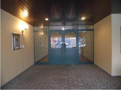 【エントランス】ポルト・ド岡崎 3階 東南角部屋