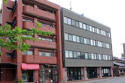 【外観】スペース岡崎 5階 最上階