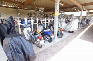 「バイク置場」