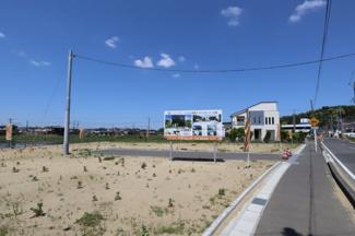 アナハイムAnaheim台方 土地 東金駅 広々とした土地で通風も良く、のんびりとお住まいになれる立地です。