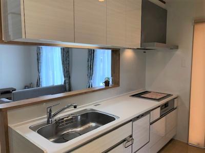 食洗器付きで便利なキッチン