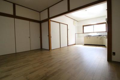 【居間・リビング】蓮宮通3丁目