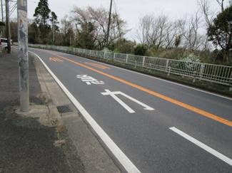 千葉市若葉区高根町 中古一戸建 千城台駅 前面道路は広く、開放感たっぷりです!