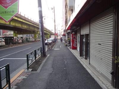 上山ビル 物件前 言問通り沿いの物件です 入谷駅の賃貸物件。 「上山ビル」のことなら(株)メイワ・エステートへ