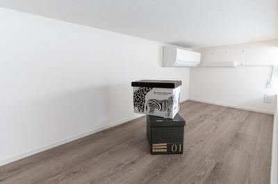 ベッドスペースとしても、収納としても使えます。