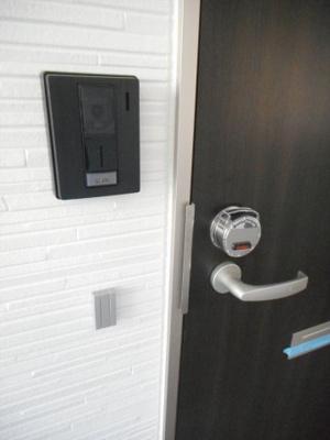 カードキーによるピッキング対策で安心のセキュリティ!