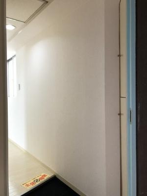 【玄関】グレース・ラギ