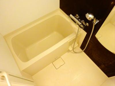 【浴室】ルーブル駒沢大学参番館