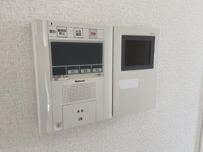 TVモニター付きインターホンです