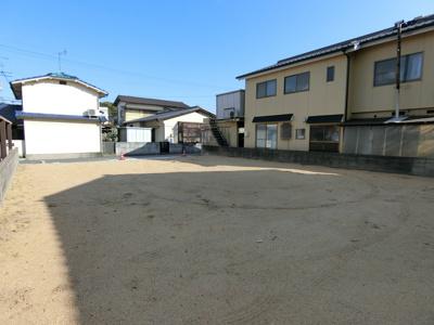 敷地面積65坪の整形地。北西角より撮影。