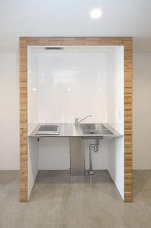 ピース・スクエア住吉 1口IHコンロのシンプルなキッチンです。