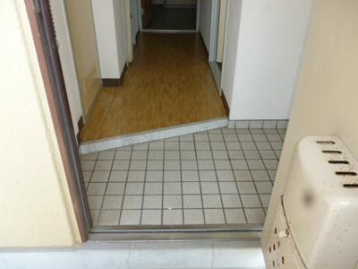 【玄関】サンリバージュ