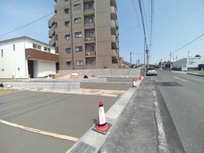前面道路を含む現地