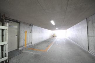 来客用駐車場3台あります