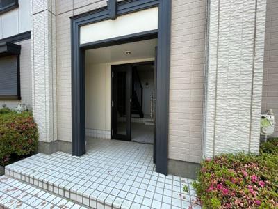 【エントランス】シャルマン八千代