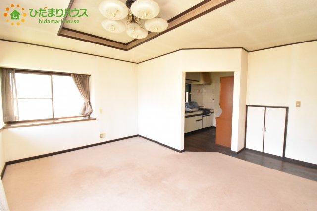 【居間・リビング】北本市東間8丁目 中古一戸建て