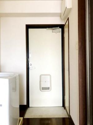 【玄関】ラビーネ
