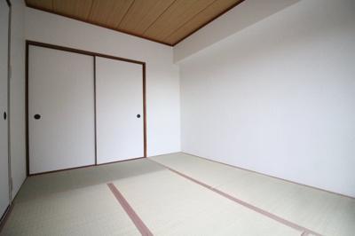 【寝室】ユニーブル六甲 北棟