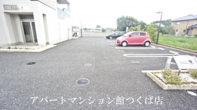 【駐車場】ELEANOR