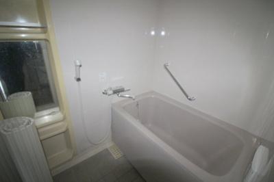 【浴室】フォルム上野西