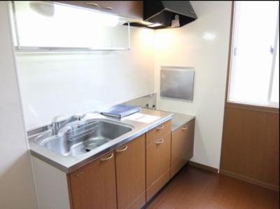 ガスコンロ設置可能なキッチン ネット無料。
