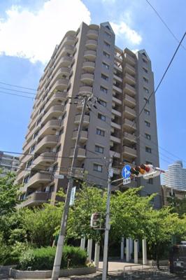◎JRおおさか東線  大阪メトロ 谷町線の2沿線利用可能な好立地です。 ◎小中学校が近くお子様の通学が安心ですね♪ ◎周辺施設充実で生活至便な環境です。