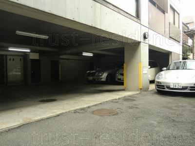 【駐車場】エスポワールカワシマ
