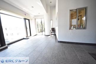 【エントランス】ローズヴィラ神戸六甲篠原邸2階3階