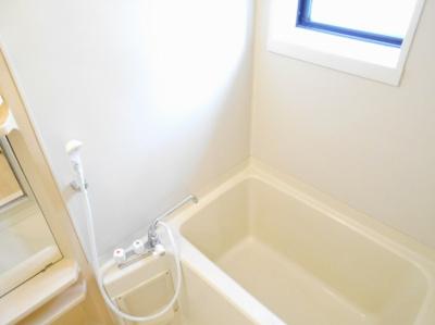 【浴室】ハイカムール来住・