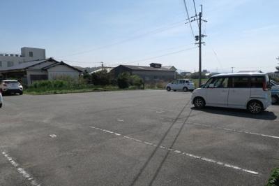 【駐車場】ヘッドランドハウス