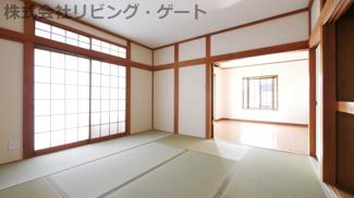 約8帖の広々和室
