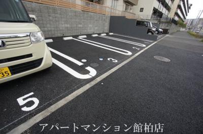 【駐車場】グランサントビー