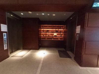 【エントランス】ホテルライクな高級リノベ部屋