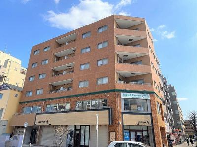 2沿線利用可能な「センター北」駅徒歩3分の好立地!エレベーター付き6階建てマンションです♪周辺にはプレミアヨコハマや商業施設が多数あり便利な立地です☆