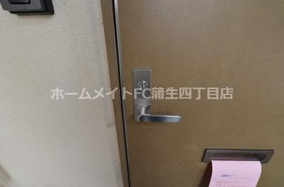【玄関】プルミエ野江内代B棟