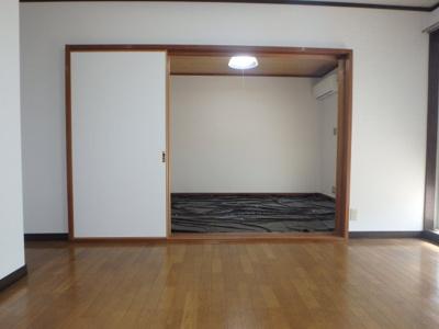 新田 アスリートB 2DK 居間・リビング