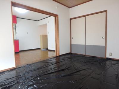新田 アスリートB 2DK 和室