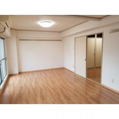 リエス千葉新町の室内