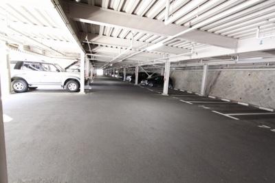 【駐車場】井口台パークスクエア B棟