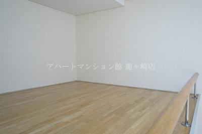 【寝室】ウッディパレス服部1