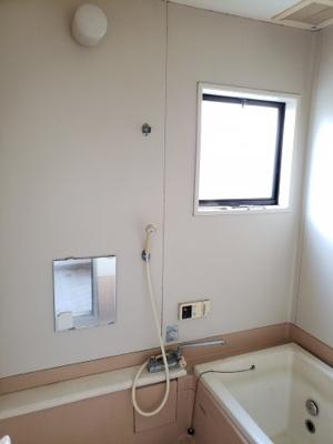 【浴室】鳥取市大覚寺中古戸建て