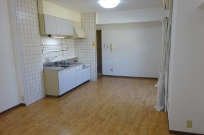 【駐車場】椿ガーデンⅢ