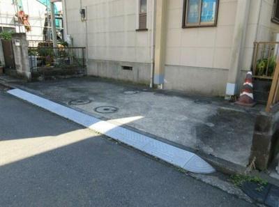 【駐車場】若林B棟