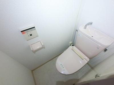 温水洗浄付便座