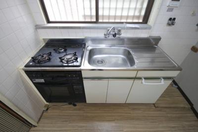 【キッチン】高羽町3丁目テラスハウス