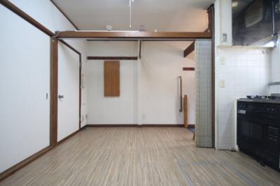 【居間・リビング】高羽町3丁目テラスハウス