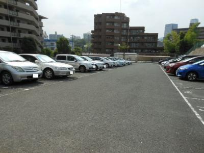 【駐車場】藤和千里ハイタウン