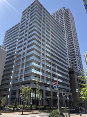 JR三ノ宮駅より徒歩9分 ロータリースタイルの車寄せや、ゲストルーム等共有施設充実しております♪