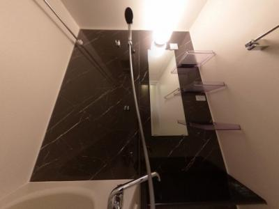 【浴室】本町・心斎に徒歩圏内の分譲賃貸レジデンス