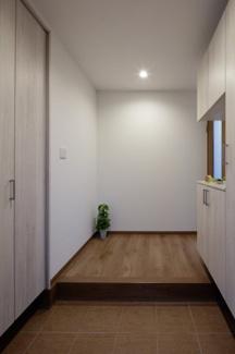 【玄関】ナスパの杜モデルハウス